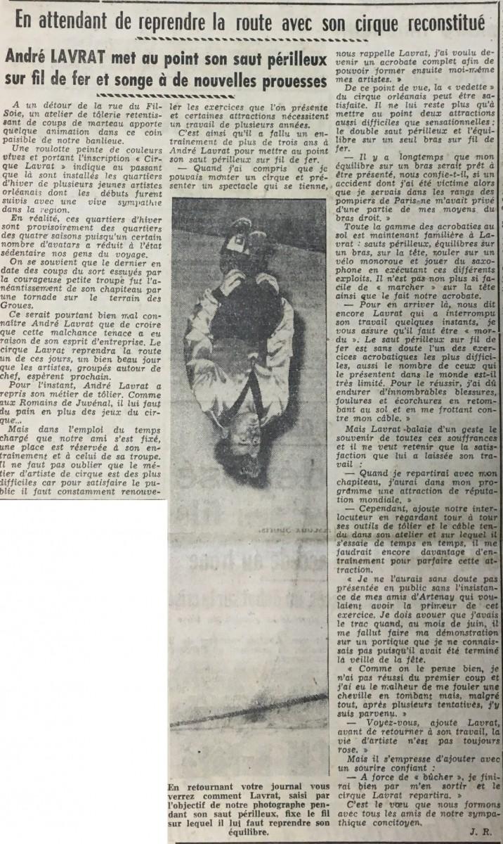 En-attendant-de-reprendre-la-route-avec-son-cirque-reconstitué-21-août-1953