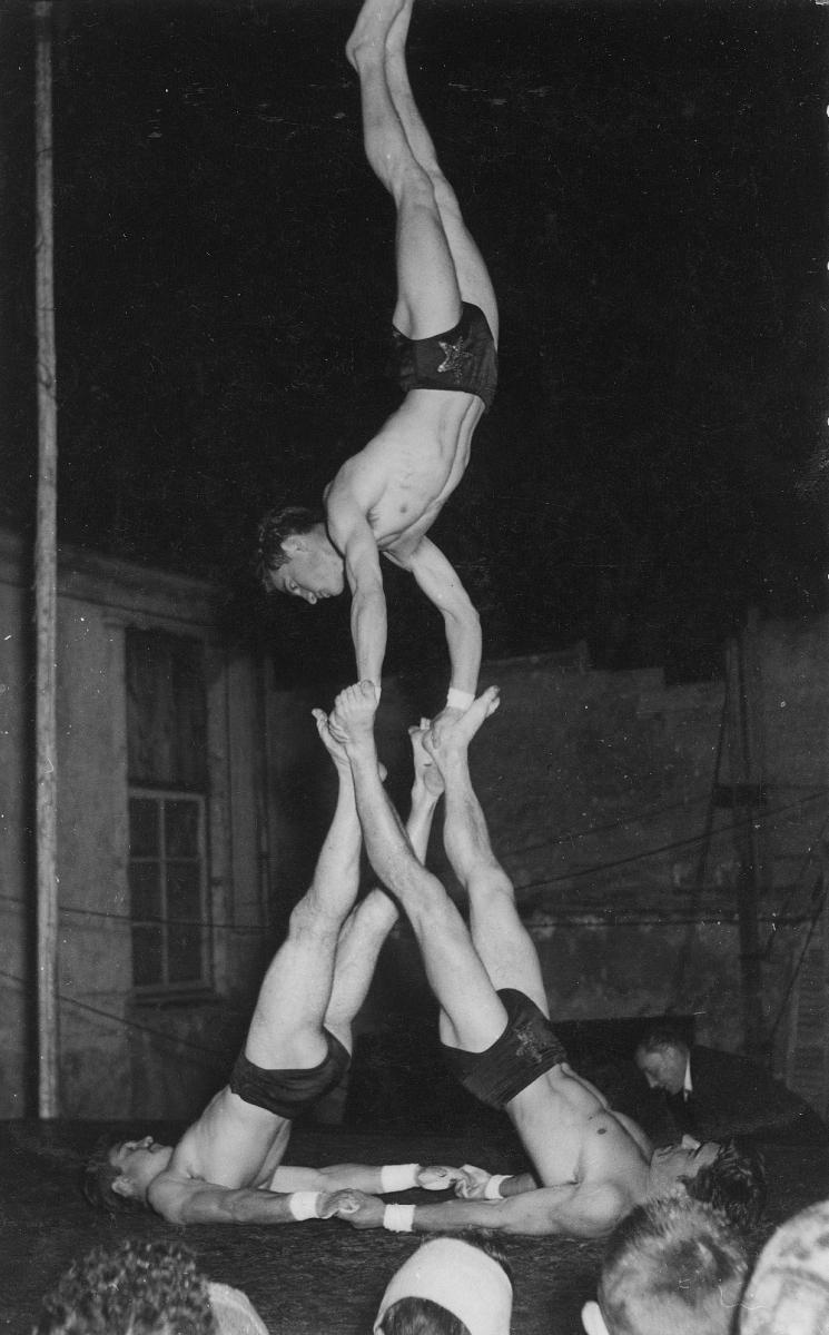 Les-Bidasses-Jacky-Jean-et-Jacques-Bernardeau-1956-1-GC-reduit